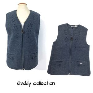Woollen Gaddy Collection vest Sz L